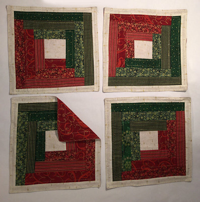 Set of 4 - red and green squares