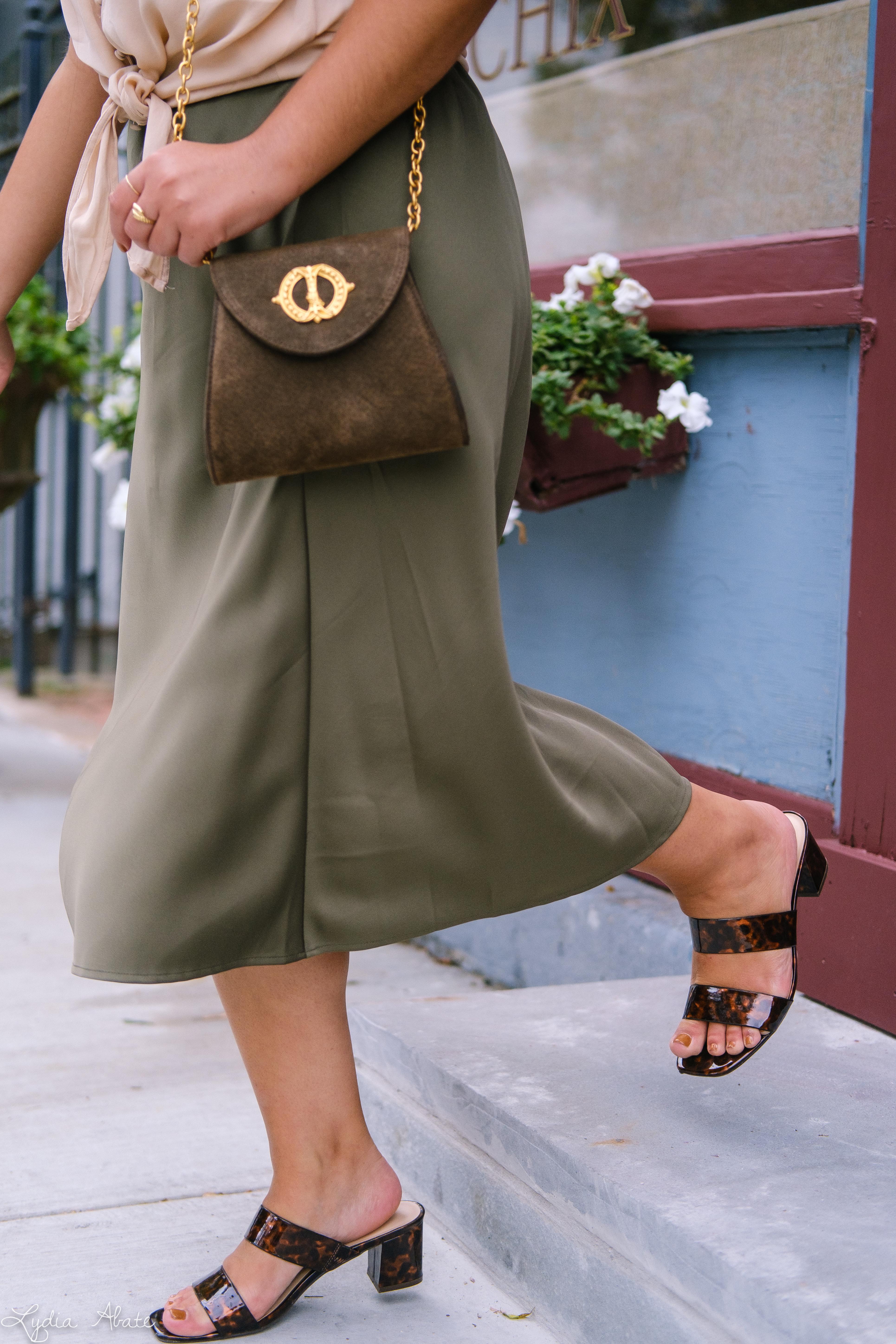 green slip skirt, silk blush knotted blouse, tortoise slides vintage chain bag-13.jpg