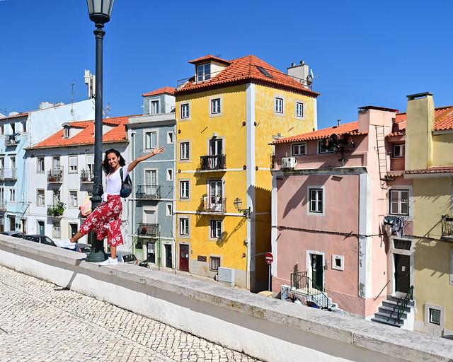 Casas de colores en el barrio de Alfama