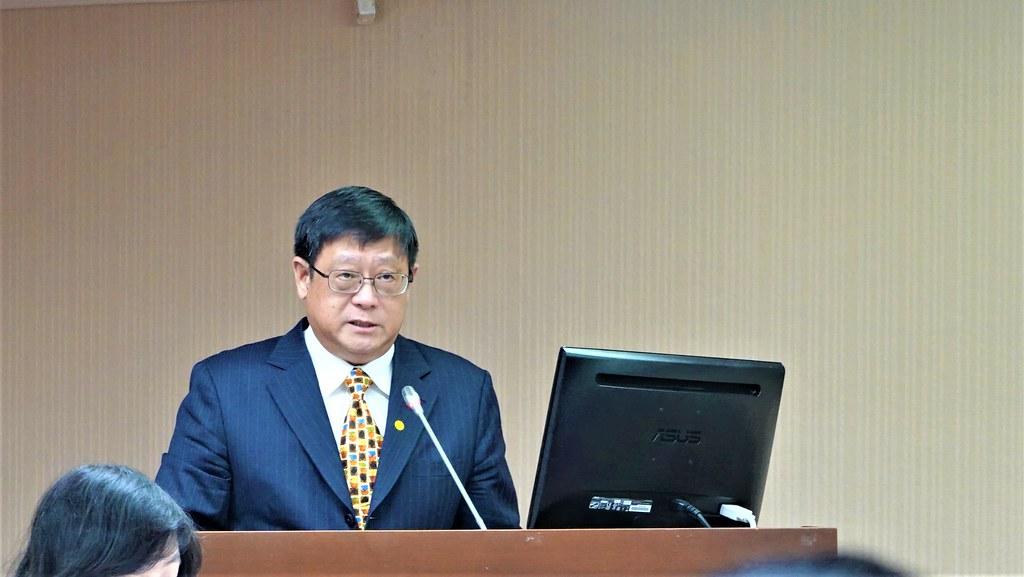 環保署署長張子敬針對「未來臺灣空氣品質改善具體作為與期程目標」提出報告。孫文臨攝