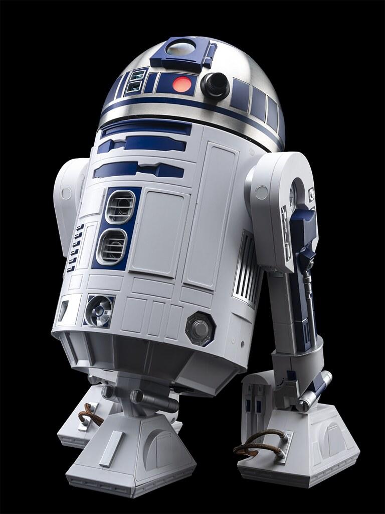 STK Workshop《星際大戰》「R2-D2」1/2比例官方復刻品互動式模型 逼真聲光效果搭載,還能行走、投影!