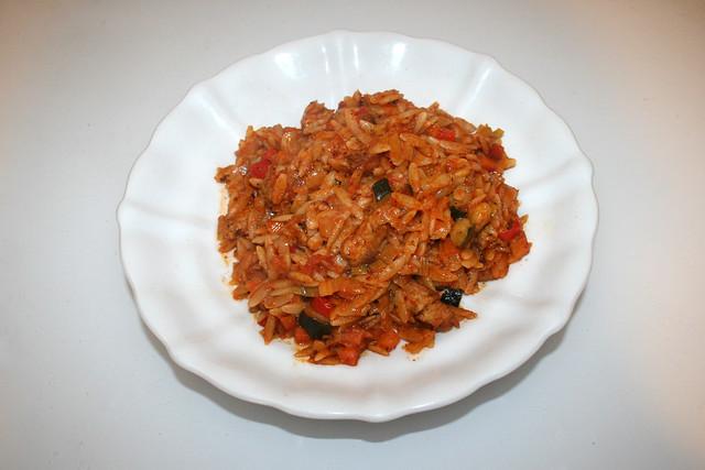 Italian turkey veg orzo skillet - Leftovers III / Italienische Kritharaki-Gemüse-Pfanne mit Putenstreifen - Resteverbrauch III