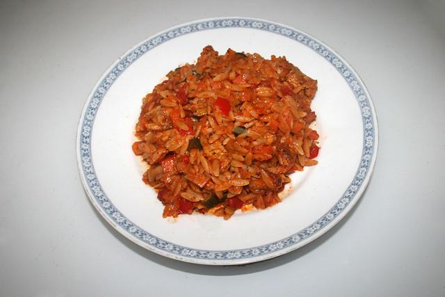 Italian turkey veg orzo skillet - Leftovers IV / Italienische Kritharaki-Gemüse-Pfanne mit Putenstreifen - Resteverbrauch IV
