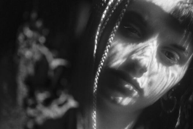 Gira il tuo viso verso il sole e le ombre cadranno dietro di te. (Proverbio Maori)
