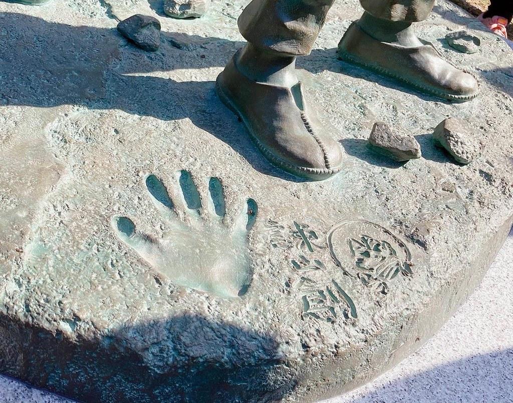 想起被巨人支配的恐懼…【進擊的巨人 in HITA ~進撃的日田~】日本大山水壩設立紀念銅像!