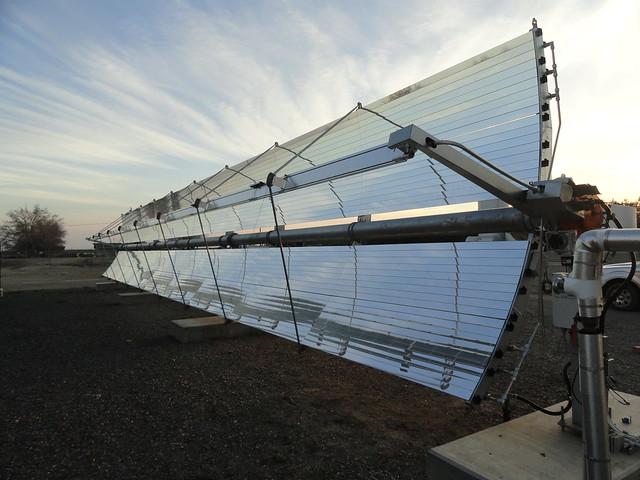 Sun-tracking solar panel installation in the San Juaquin Valley of California