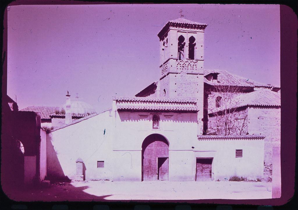 Convento de la Concepción Francisca en Toledo hacia 1965. Diapositiva incluida en el Librofilm Aguilar dedicado a la ciudad en ese año. Colección personal de Eduardo Sánchez Butragueño.