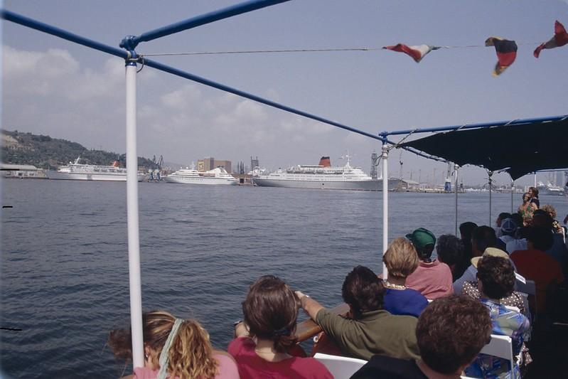 Cunard Princess, Seabourn Spirit y Vistafjord. Puerto de Barcelona, 1992