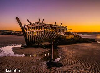 The old bones or rib-cage of Bád Eddie (Eddie's Boat) called Cara Na Mara (friend of the Sea ) in the Gaelic language .