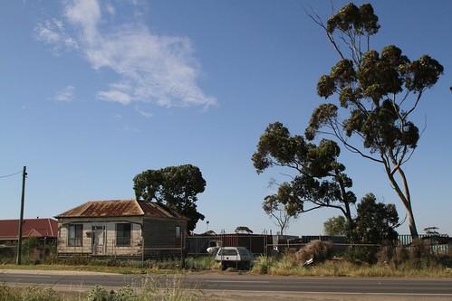 Abandoned house on Boundary Road in Truganina