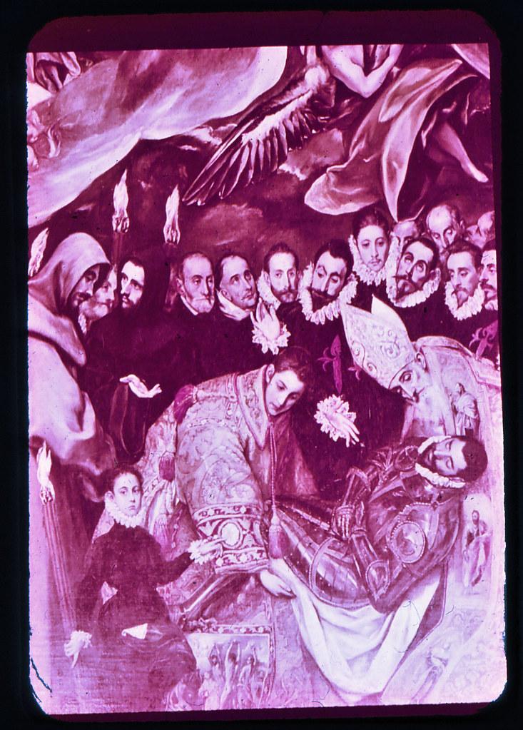Cuadro del Entierro del Señor de Orgaz por el Greco en la Iglesia de Santo Tomé de Toledo hacia 1965. Diapositiva incluida en el Librofilm Aguilar dedicado a la ciudad en ese año. Colección personal de Eduardo Sánchez Butragueño.