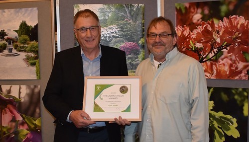 Alan Jolliffe receives the John Taylor Award for Leadership in Horticulture from Colin Meurk | by Canterbury Horticultural Society