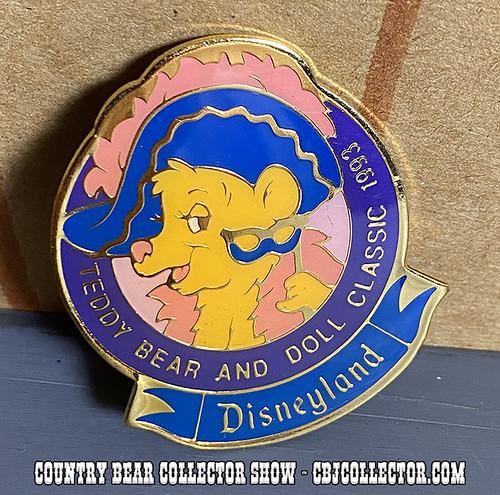1993 Disneyland Teddy Bear & Doll Classic Pin - CBCS #280