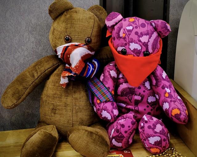 310/366 COVID Bears