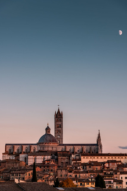 The moon on the Siena Cathedral
