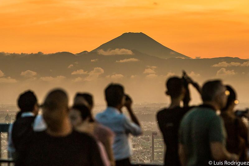 Fotografiando el monte Fuji desde el mirador Sky Deck