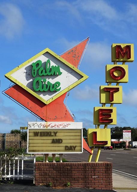 FL, St Petersburg-U.S. 19 Palm Aire Motel Sign