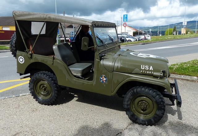 Kaiser Jeep CJ5 1962 green r