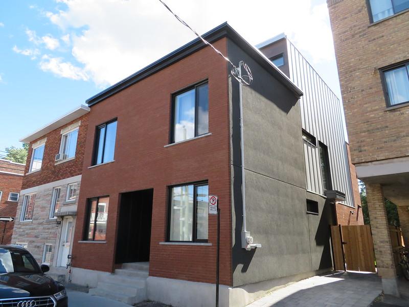 New building - Ste-Marguerite st