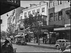 Street scape, Kings Cross, c. 1950, Pix magazine,