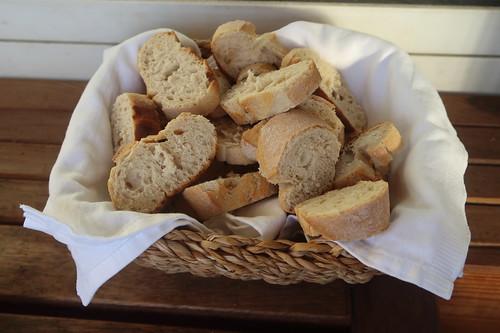 Aufgebackenes Baguette