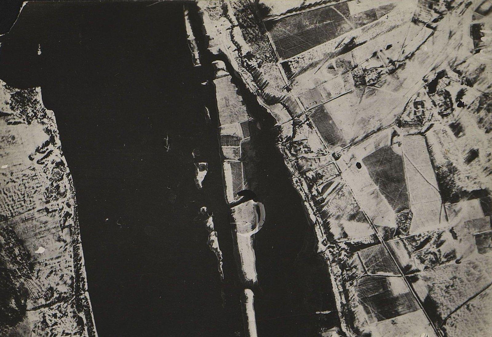 1916. Зимняя фоторазведка Двины (севернее Двинска) на одном из участков Северного фронта (снимок шестой)