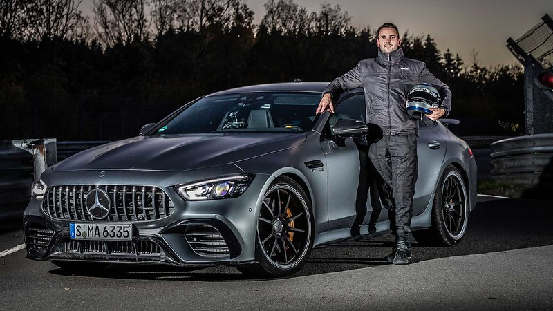mercedes-amg-gt-63-s-nurburgring-nordschleife-record-with-driver