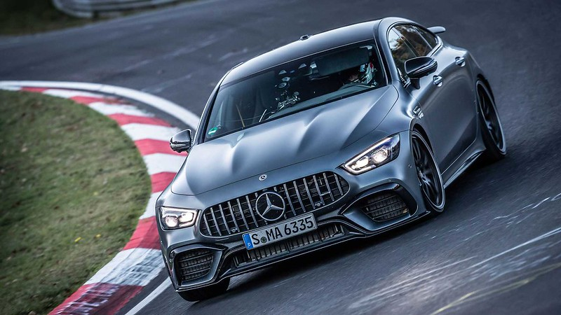 mercedes-amg-gt-63-s-nurburgring-nordschleife-record-corner