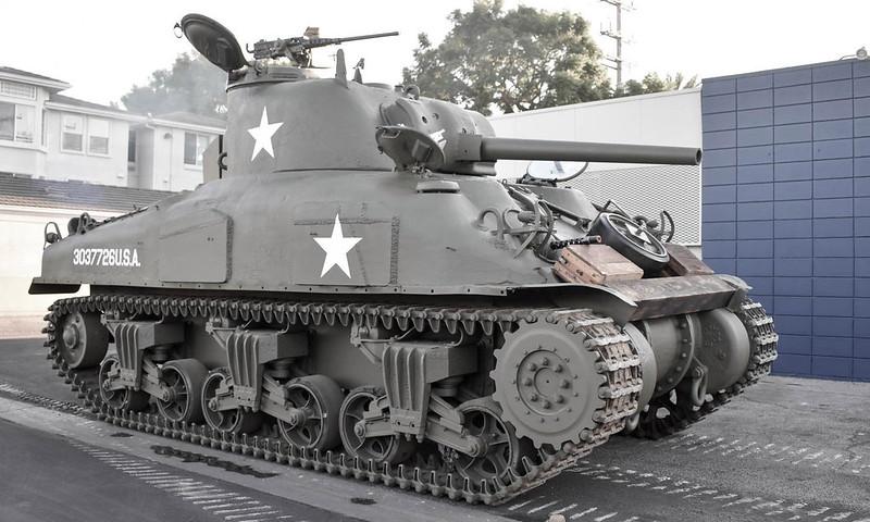 M4A1-Tank-1