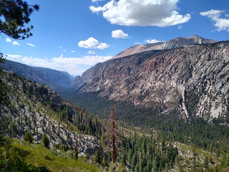 Looking south down Kern Canyon from the High Sierra Trail
