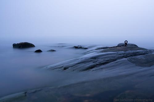 helsinki gulfoffinland 2020 longexposure morning sea fog landscape coast meri pilvet maisemakuva sumu uutela aamu särkkäniemi suomenlahti marraskuu rannikko sonya7iii sonyfe1635mmf4