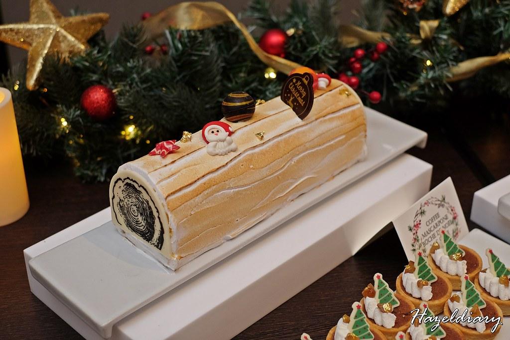 Singapore Marriott Tang Plaza Hotel-Coffee Mascarpone Buche de Noel Log Cake