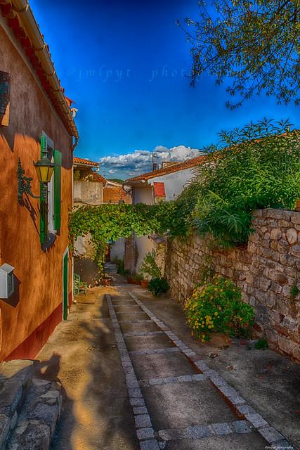 Cuers l'un des plus vieux villages du Var 3D0A7692