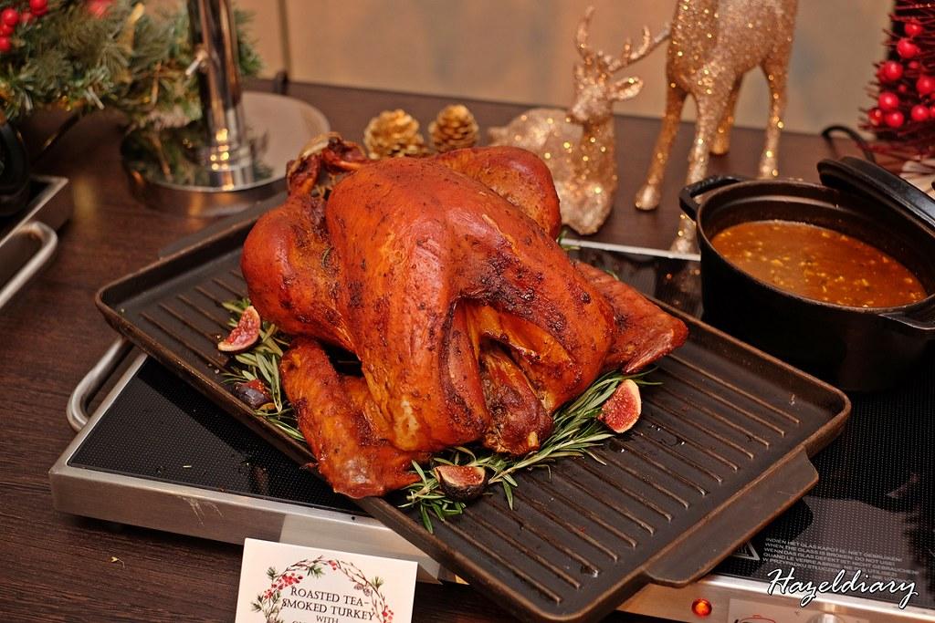 Singapore Marriott Tang Plaza Hotel-Roast Tea smoked Turkey
