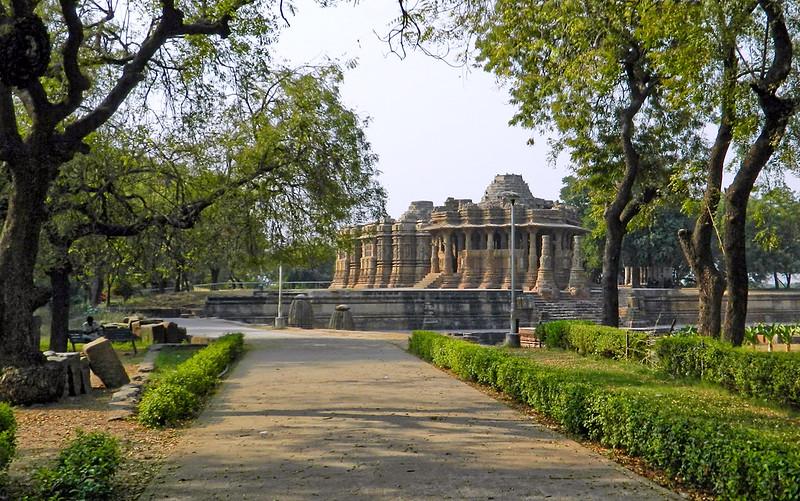 Sun Temple/Step Well, Modhera, Gujarat, India.