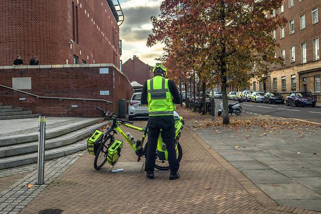 Ambulance cycle responder