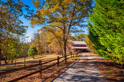 georgia unitedstates mccaysville trees sunset horses mountains barn landscape fallcolor northgeorgia