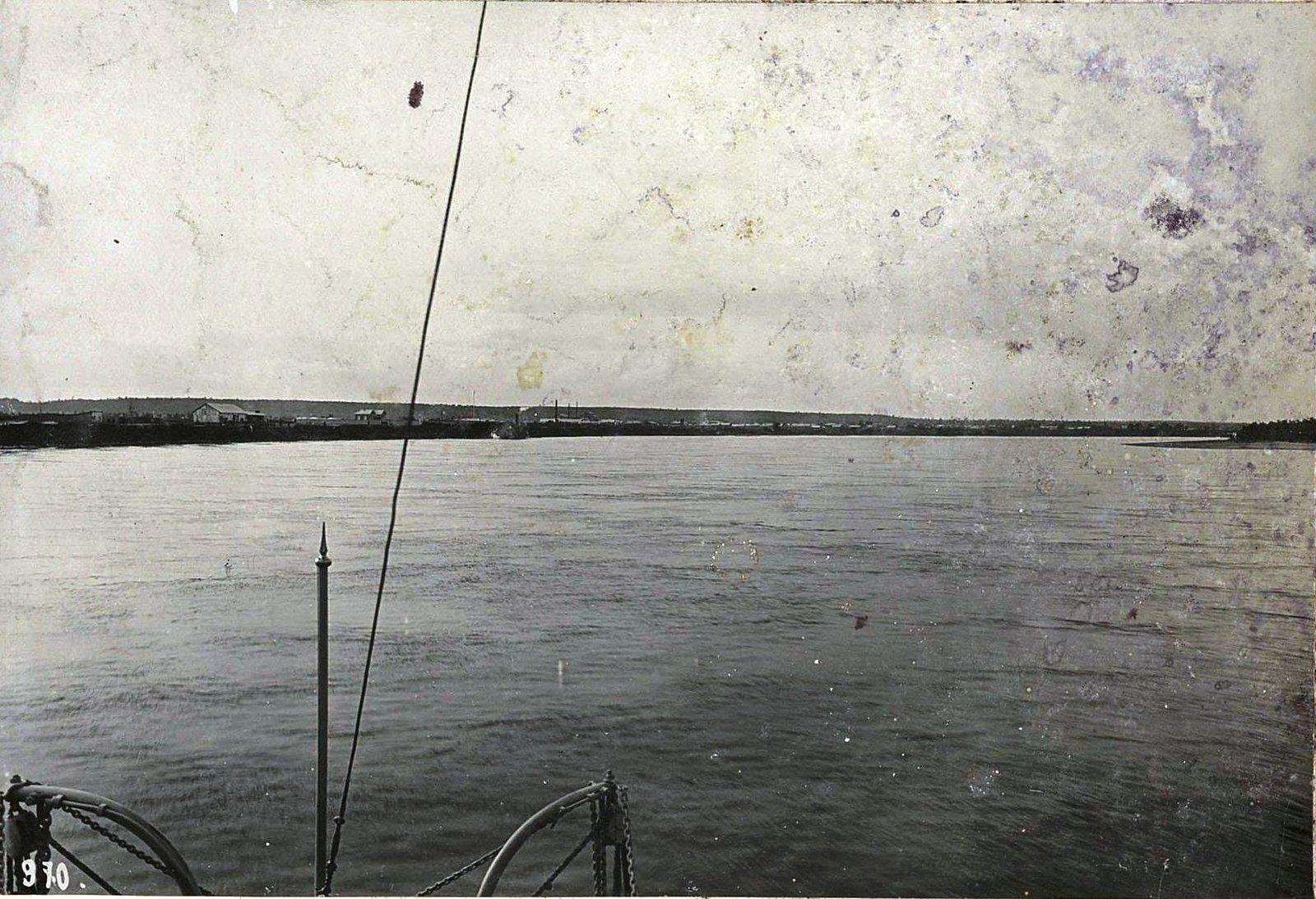 970. Путешествуя по реке (13)