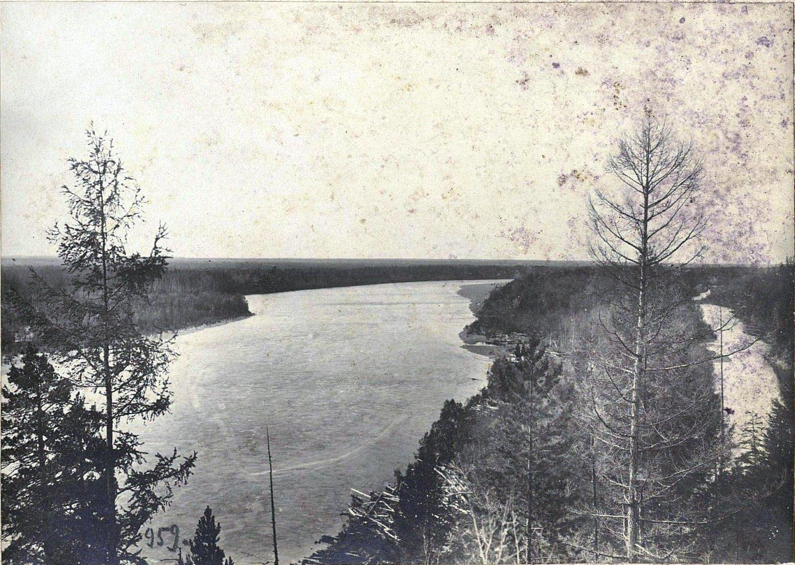 959. Путешествуя по реке (6)