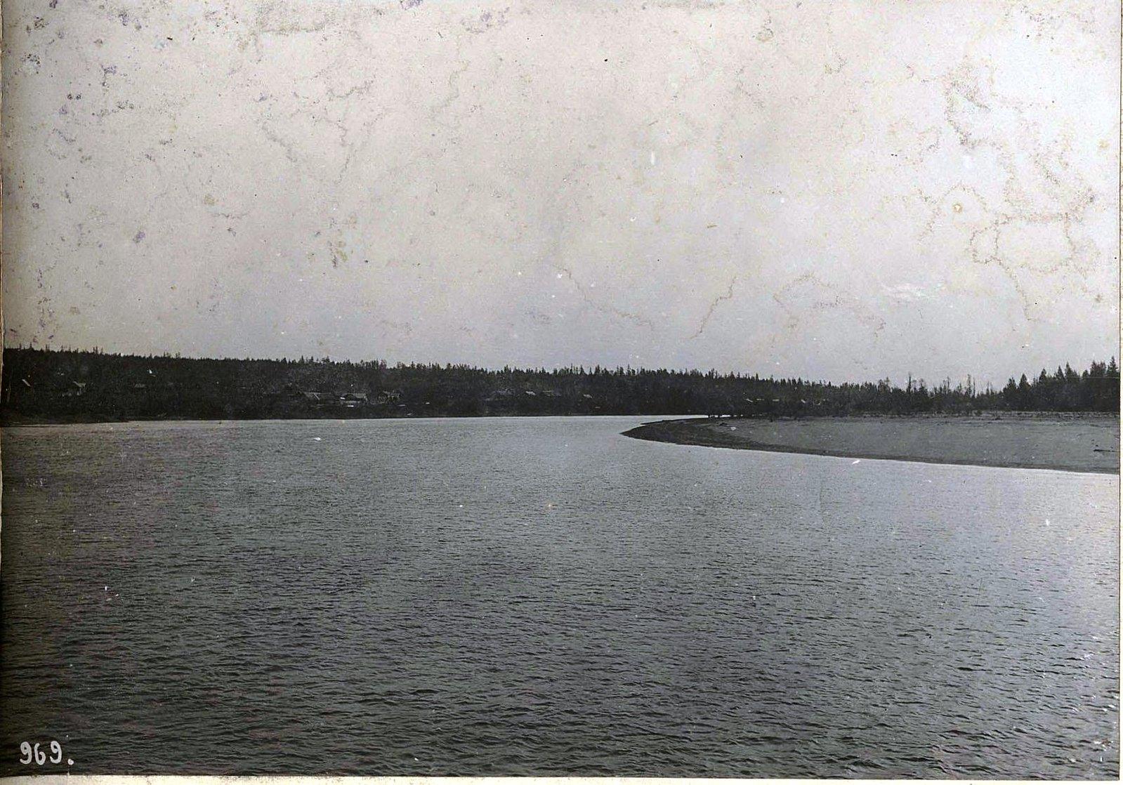 969. Путешествуя по реке (7)