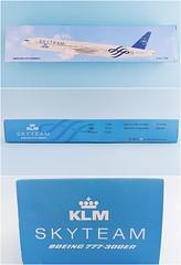 KLM - Royal Dutch Airlines - Skyteam Scale 1-200 model Boeing B777-300ER #02.06 PH-BVD