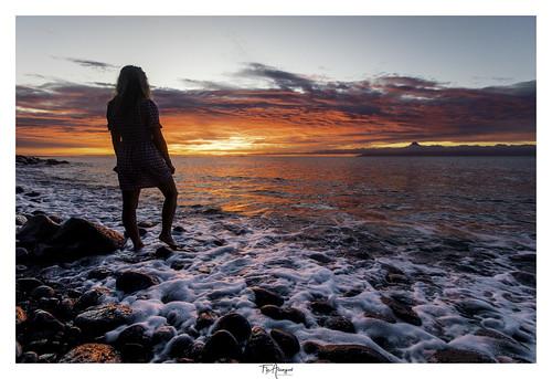 sunset sapinus tahiti lifestyle beach rocks lagoon cloudporn