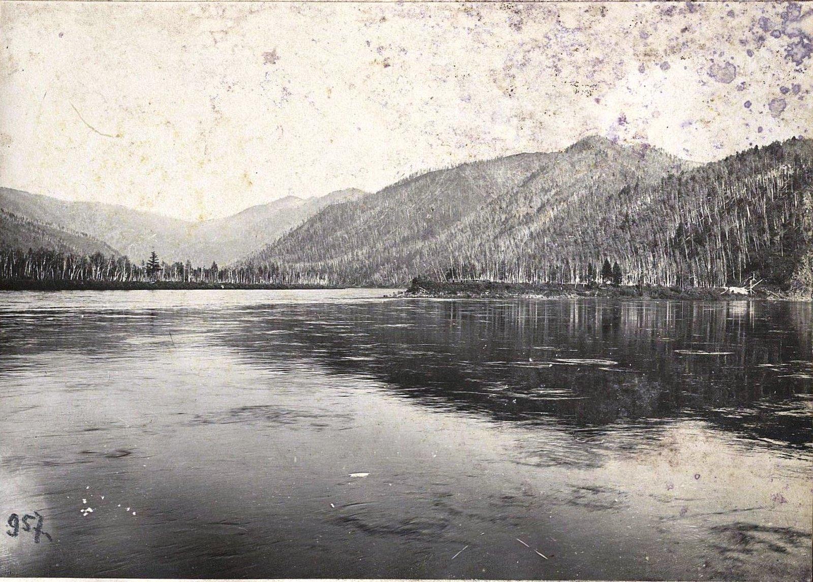 957. Путешествуя по реке (9)