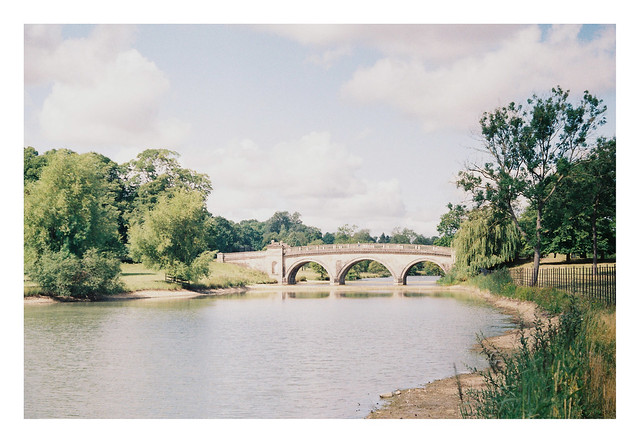 FILM - the Lion bridge at Burghley (again)