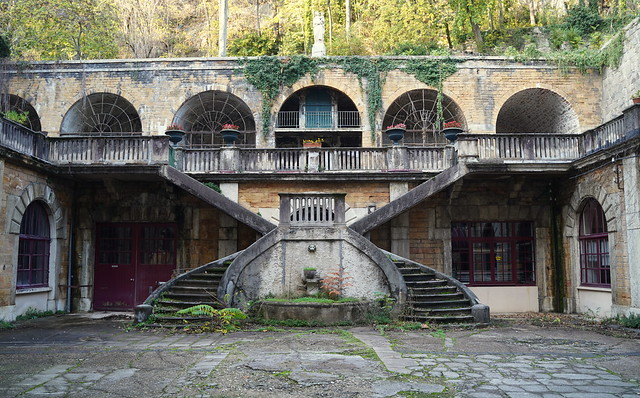 The old courtyard