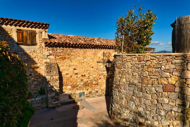 Cuers l'un des plus vieux villages du Var 3D0A7730