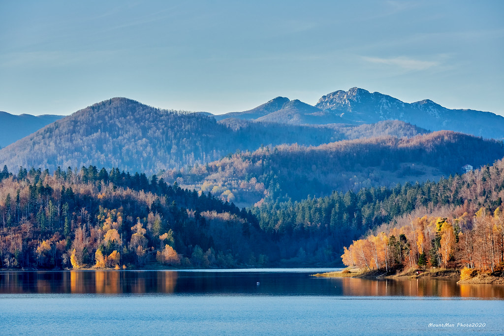 Risnjak s Lokvarskoga jezera