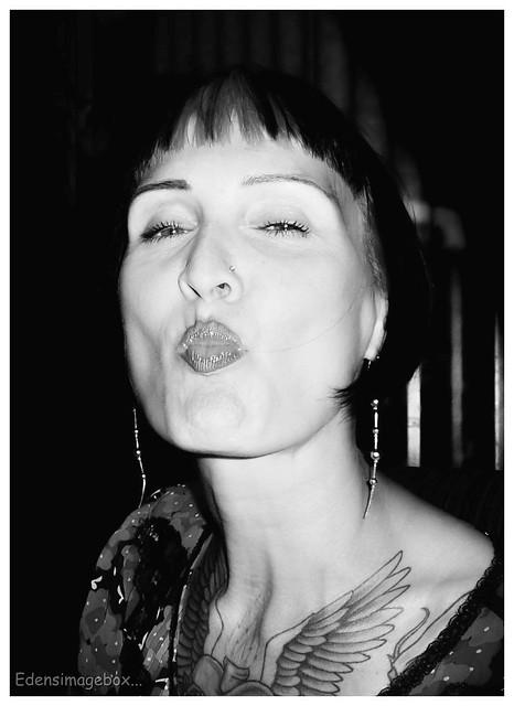 Kiss Me!!...