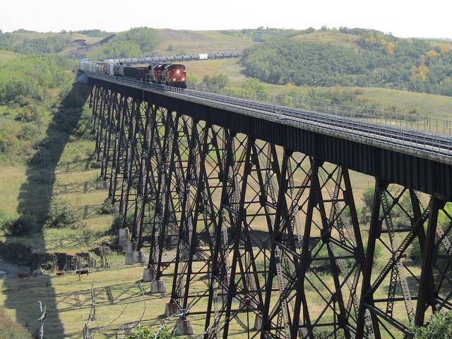S20021 - Uno Trestle Bridge