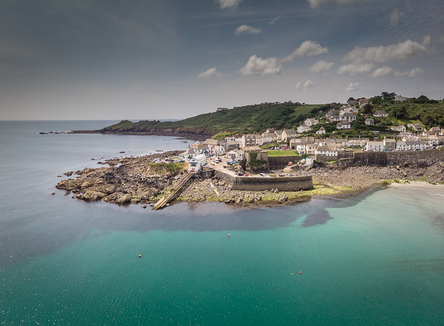 Coverack Harbour Pano